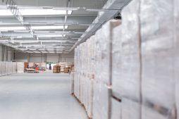 wnętrze hali 1 - hala produkcyjna z budynkiem biurowym, dla Meblomaster, Węgrów, woj. mazowieckie