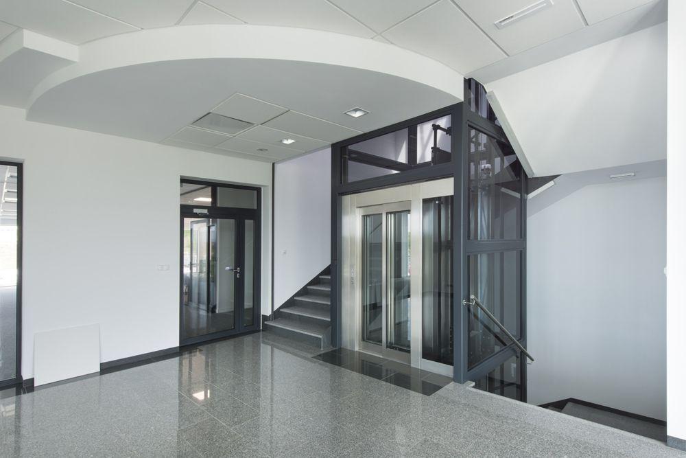 klatka schodowa - hala produkcyjna z budynkiem biurowym, dla Adams, Mrągowo, woj. warmińsko-mazurskie