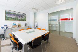 sala konferencyjna - hala produkcyjna z budynkiem biurowym, dla Uniservice, Skarbimierz, woj. Opolskie