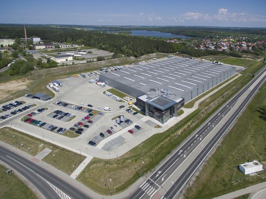 widok z lotu ptaka - hala produkcyjna z budynkiem biurowym, dla Adams, Mrągowo, woj. warmińsko-mazurskie