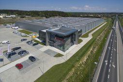 widok z góry - hala produkcyjna z budynkiem biurowym, dla Adams, Mrągowo, woj. warmińsko-mazurskie