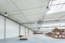 widok wnętrza 5 - hala produkcyjna z budynkiem biurowym, dla Uniservice, Skarbimierz, woj. Opolskie
