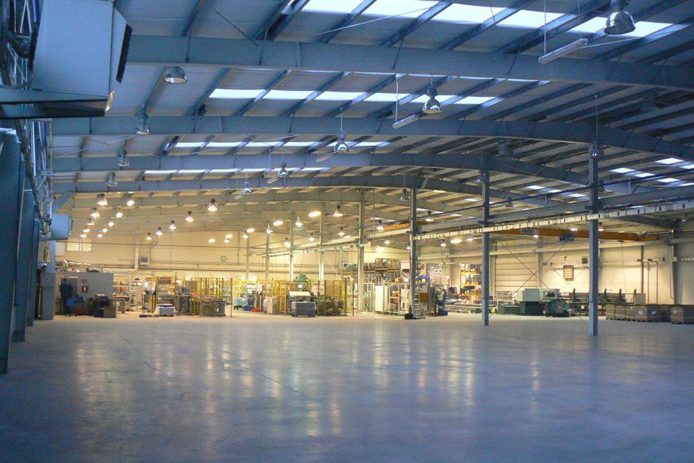wnętrze hali 2 - rozbudowa hali produkcyjnej, dla OML Morando, Czerwionka-Leszczyny