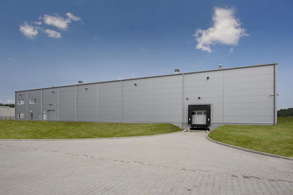 ściana frontowa - hala produkcyjna z budynkiem biurowym, dla NWM, Gubin, woj. lubuskie
