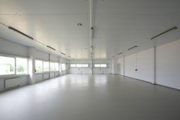 wnętrze - hala produkcyjna z budynkiem biurowym, dla NWM, Gubin, woj. lubuskie