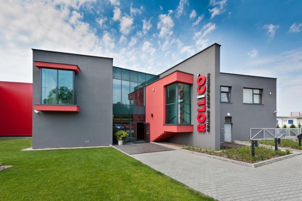 wejście do budynku - hala produkcyjna, dla Rollico Rolling Components, Lubliniec, woj. śląskie