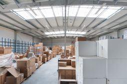 wnętrze hali - hala produkcyjna z częścią biurową, dla BioMaxima, Lublin, woj. lubelskie