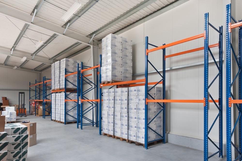 wnętrze hali 2 - hala produkcyjna z częścią biurową, dla BioMaxima, Lublin, woj. lubelskie