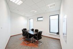 pomieszczenie konferencyjne - hala produkcyjna z budynkiem biurowym, dla El-press, Lublin, woj. lubelskie