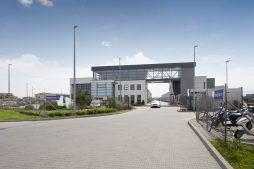 widok ogólny 4 - hala produkcyjna z budynkiem biurowym, dla Eurocolor, Pyskowice, woj. śląskie