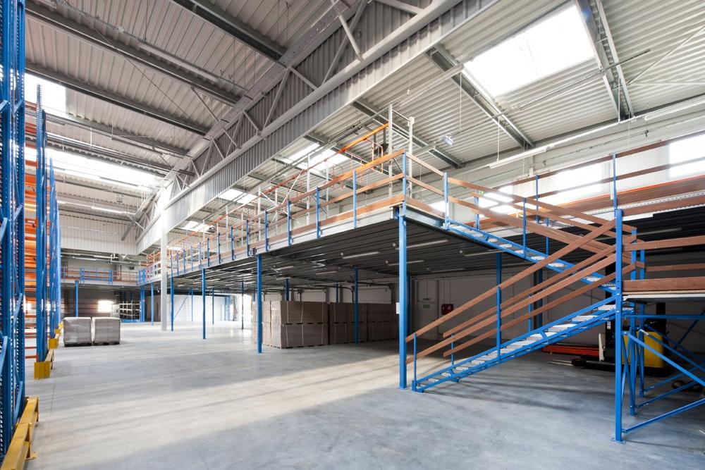 wnętrze hali 1 - hala produkcyjno-magazynowa, dla Mardom, Lipniki Stare, woj. mazowieckie