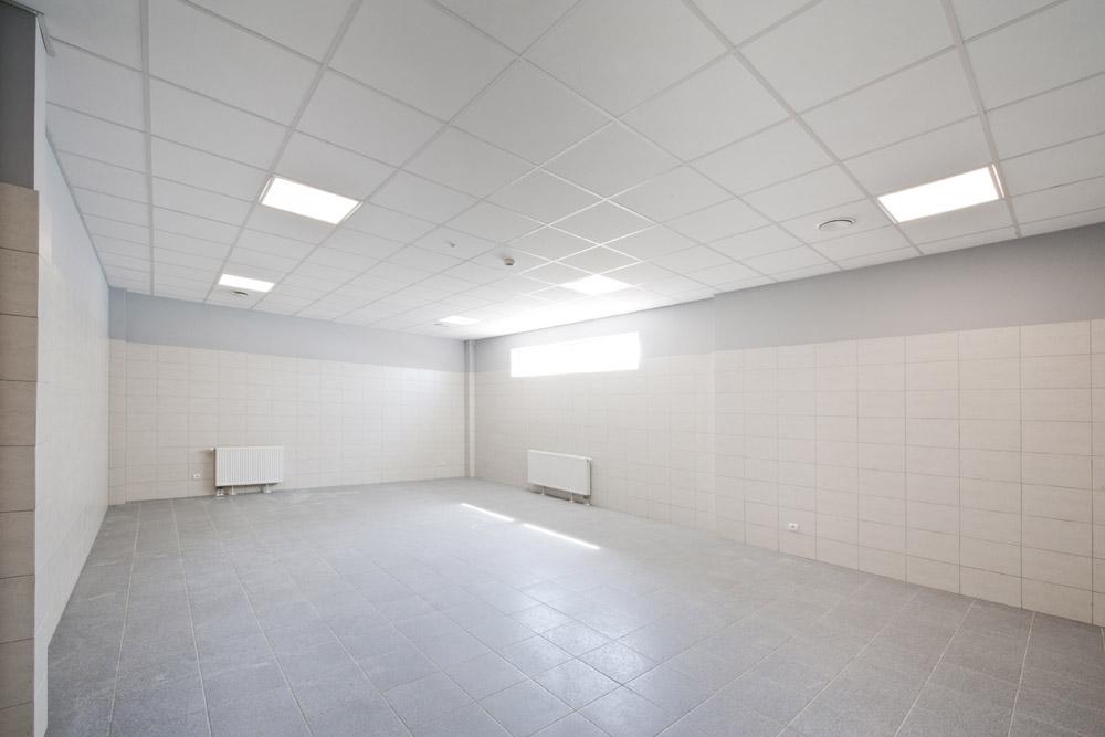 pomieszczenie sanitarne - hala produkcyjna z zapleczem biurowym, dla Korona SA, Wieluń, woj. łódzkie