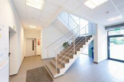 klatka schodowa - hala produkcyjno-magazynowa z częścią biurową, dla 2x3, Krzęcin, woj. zachodniopomorskie