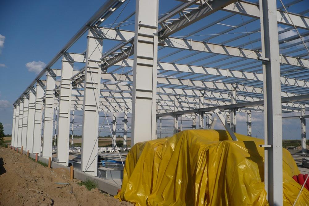 konstrukcja stalowa - hala produkcyjna z częścią biurową, dla Pritip, Puławy, woj. lubelskie