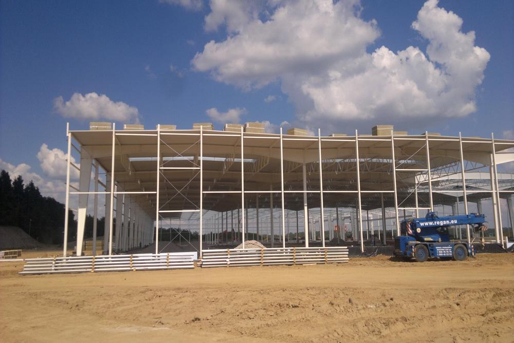 pokrycie dachu - hala produkcyjna z budynkiem biurowym, dla Adams, Mrągowo, woj. warmińsko-mazurskie