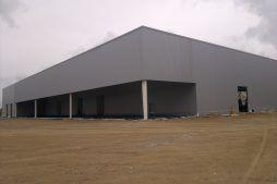 ściana tylna i boczna - hala produkcyjna z budynkiem biurowym, dla Adams, Mrągowo, woj. warmińsko-mazurskie