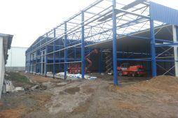 widok ogólny 3 - hala produkcyjna z budynkiem biurowym, Żdżary, dla Futrex, woj. zachodniopomorskie