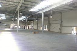 wnętrze obiektu - hala produkcyjna, dla Auto-Hak, Słupsk, woj. pomorskie