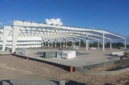 widok ogólny konstrukcji stalowej - hala produkcyjna z częścią biurową, dla Leann Stańczyk, Słupsk, woj. pomorskie