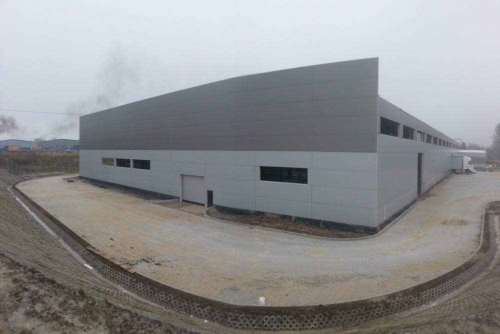 otoczenie obiektu - hala produkcyjna z częścią biurową, dla Leann Stańczyk, Słupsk, woj. pomorskie