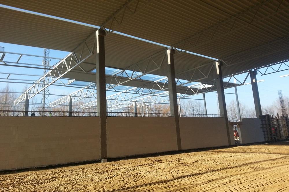 konstrukcja stalowa zadaszenia - hala produkcyjna z częścią biurową, dla Arsanit, Konin, woj. wielkopolskie