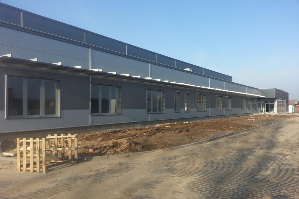 prace wykończeniowe elewacyjne 4 - hala produkcyjna z częścią biurową, dla Leann Stańczyk, Słupsk, woj. pomorskie