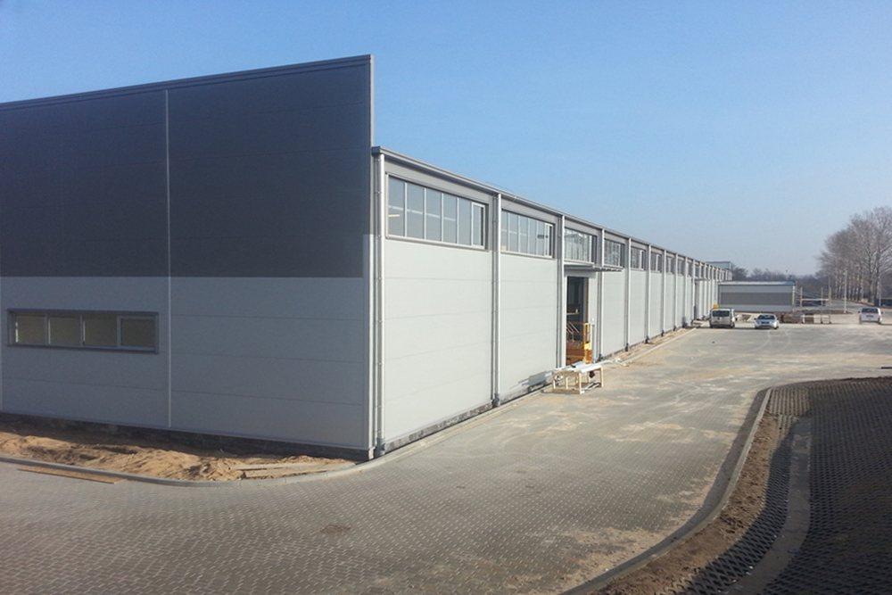 prace wykończeniowe elewacyjne 3 - hala produkcyjna z częścią biurową, dla Leann Stańczyk, Słupsk, woj. pomorskie