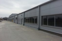 jedna z elewacji zewnętrznych 1 - hala produkcyjna z częścią biurową, dla Leann Stańczyk, Słupsk, woj. pomorskie
