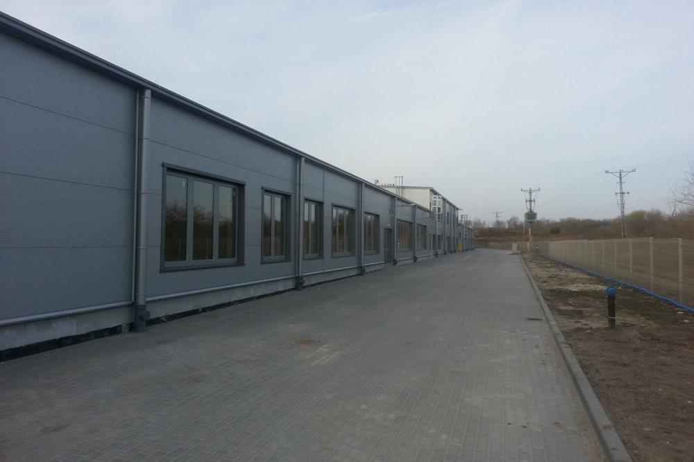 jedna z elewacji zewnętrznych 2 - hala produkcyjna z częścią biurową, dla Leann Stańczyk, Słupsk, woj. pomorskie