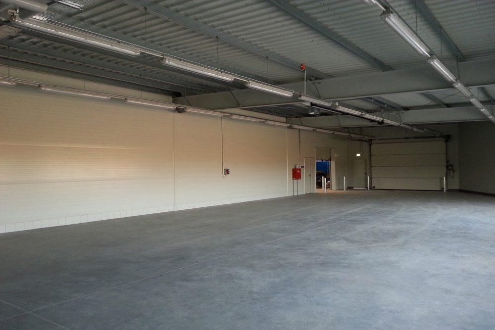 wnętrze budynku 4 - hala produkcyjna z częścią biurową, dla Leann Stańczyk, Słupsk, woj. pomorskie