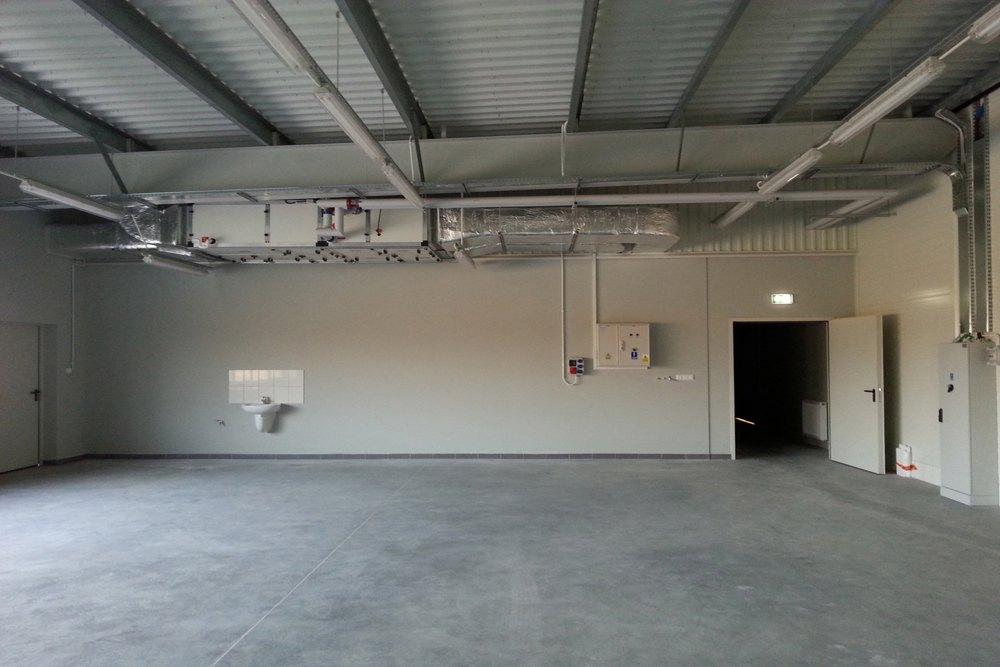 wnętrze budynku 2 - hala produkcyjna z częścią biurową, dla Leann Stańczyk, Słupsk, woj. pomorskie