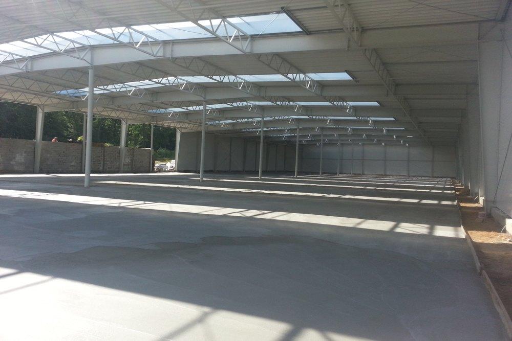 gotowa posadzka 2 - hala produkcyjno-magazynowa z budynkiem biurowym, dla Jota Group, Ostróda, warmińsko-mazurskie
