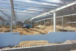termoizolowanie fundamentów 1 - hala produkcyjna, firma Van Den Block, Lublew Gdański, woj. pomorskie