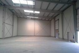 wnętrze budynku - hala magazynowa, Firma Telmex, Pisz, woj. warmińsko-mazurskie