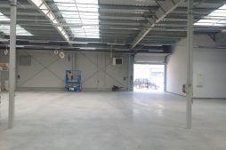 wnętrze hali - hala produkcyjna, firma Van Den Block, Lublew Gdański, woj. pomorskie