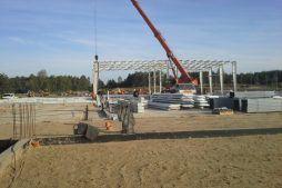 wznoszenie konstrukcji stalowej - hala produkcyjna z budynkiem biurowym, dla LÜTTGENS, Nielbark, woj. warmińsko-mazurskie