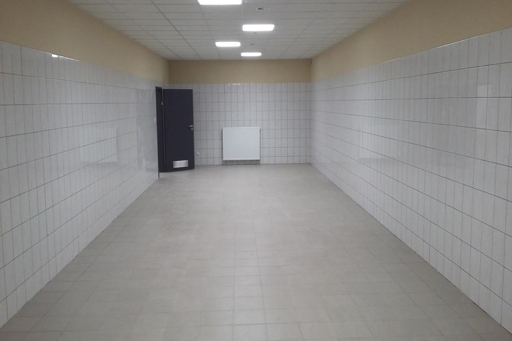 pomieszczenie w części socjalno-biurowej - hala usługowo-magazynowa, dla Nafa, Łozienica