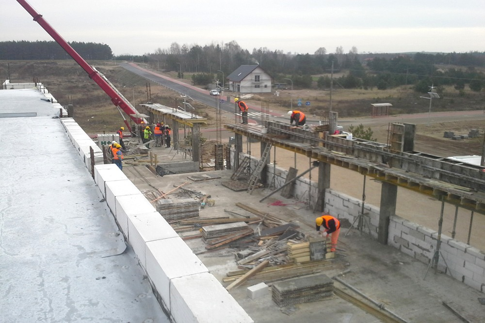 wznoszenie budynku biurowego - hala produkcyjna z budynkiem biurowym, dla LÜTTGENS, Nielbark, woj. warmińsko-mazurskie