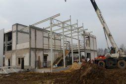 wznoszenie konstrukcji - hala warsztatowo-magazynowa, dla BB Investments, Łomna