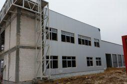 montaż okien - hala warsztatowo-magazynowa, dla BB Investments, Łomna