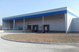 jedna z elewacji - hala produkcyjna z budynkiem biurowym, dla LÜTTGENS, Nielbark, woj. warmińsko-mazurskie