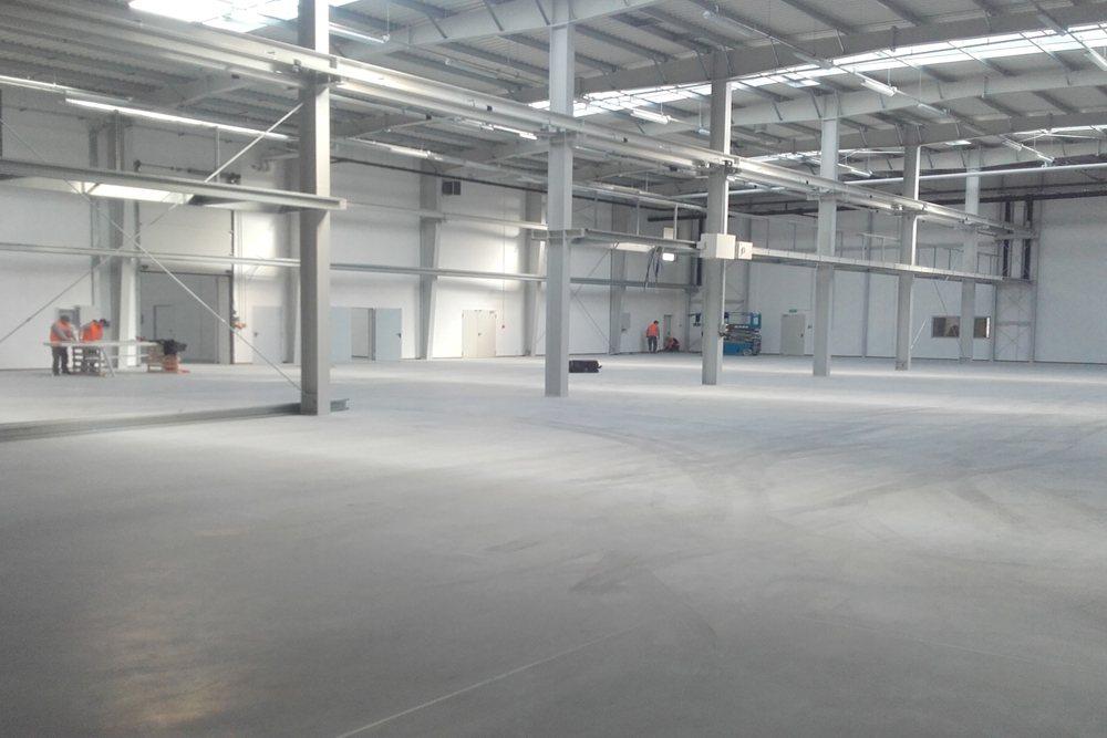 wnętrze hali - hala produkcyjna z budynkiem biurowym, dla LÜTTGENS, Nielbark, woj. warmińsko-mazurskie