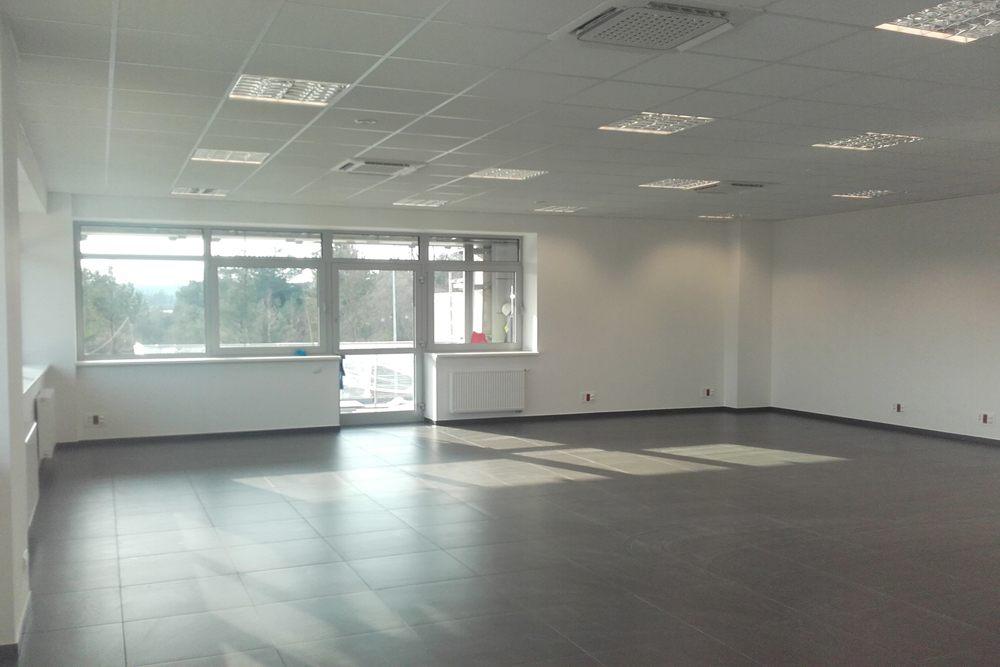wnętrze budynku biurowego - hala produkcyjna z budynkiem biurowym, dla LÜTTGENS, Nielbark, woj. warmińsko-mazurskie