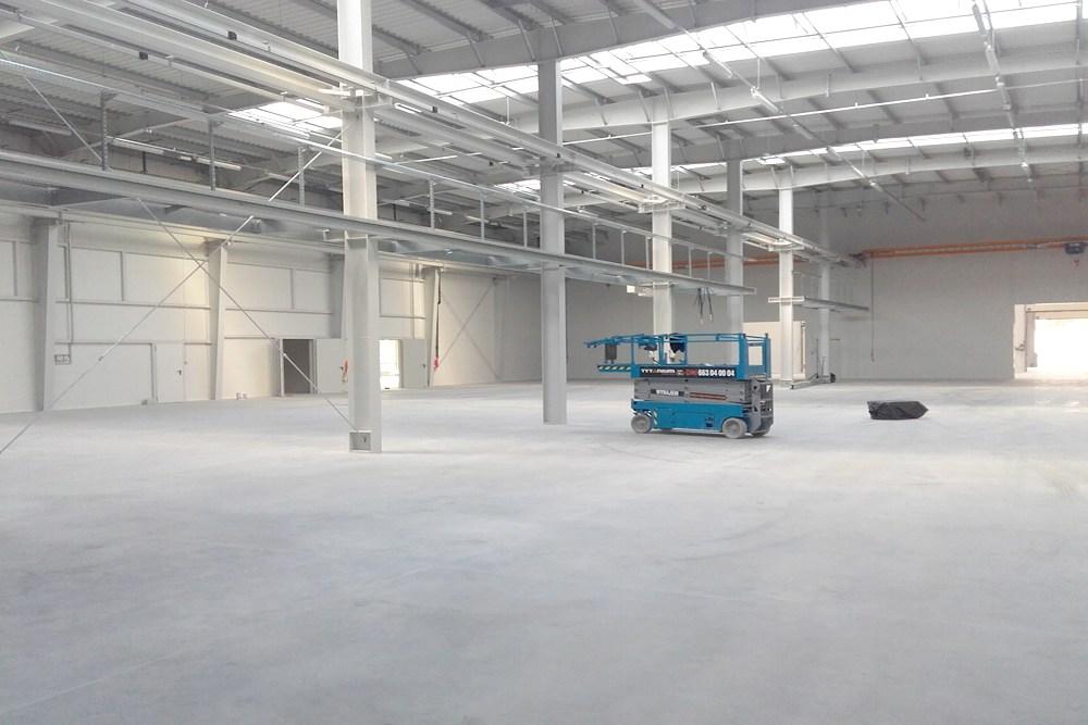 wnętrze obiektu - hala produkcyjna z budynkiem biurowym, dla LÜTTGENS, Nielbark, woj. warmińsko-mazurskie