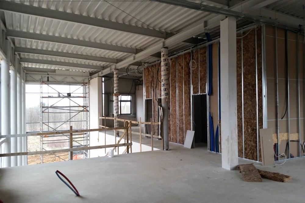 wnętrze budynku - budynek socjalno-biurowy, dla BB Investments, Łomna