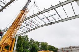 wznoszenie ram konstrukcyjnych-hala magazynowa, Firma Fagum-Stomil, Łuków