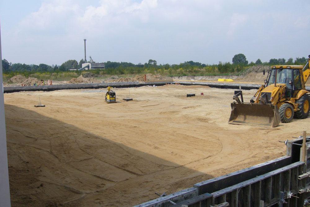 równanie terenu - rozbudowa hali produkcyjnej, dla OML Morando, Czerwionka-Leszczyny