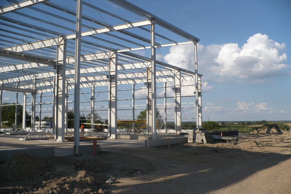 konstrukcja stalowa hali 1 - hala produkcyjna z częścią biurową, dla Pritip, Puławy, woj. lubelskie