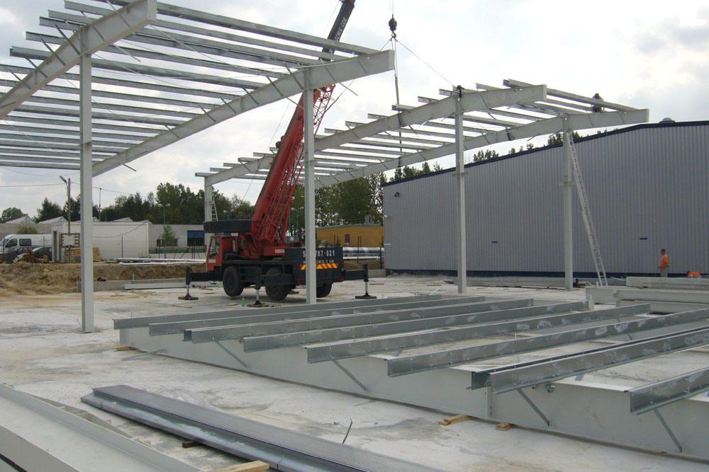 wznoszenie konstrukcji stalowej - rozbudowa hali produkcyjnej, dla OML Morando, Czerwionka-Leszczyny