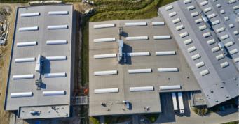 widok z góry na zakład produkcyjny firmy Addit - budowa czwartej hali, dla Addit, przez CoBouw Polska, w Węgrowie, w woj. mazowieckim